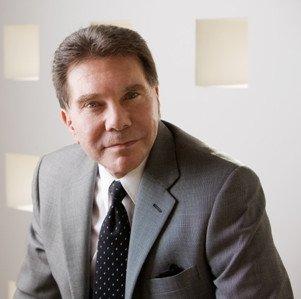 Robert Cialdini - Cialdini, il maestro della persuasione, usa video animati: e tu?